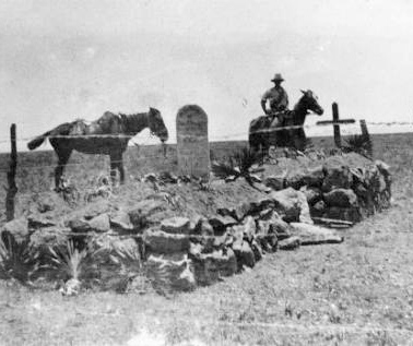 Graves of New Zealanders killed at Rhenoster Kop, South Africa, 29 November 1900. © Alexander Turnbull Library