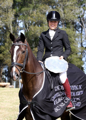 Christen Hayde on Tandarra Sweet As with the Forest Gate Trophy. © Barbara Thomson