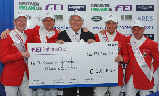 Germany claimed the FEI Nations Cup™ title for the second successive year, and the fifth time in the 10-year history of the top-league series, as the season came to a close at Dublin Horse Show (IRL) on Friday. Pictured with Chef d'Equipe Sonke Sonksen (centre) are Tim Rieskamp-Goedeking, Carsten-Otto Nagel, Jorg Naeve and Hans-Dieter Dreher.