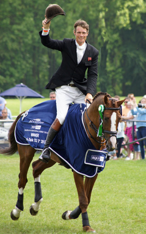 CCI3* winner William Fox-Pitt and Chilli Morning.
