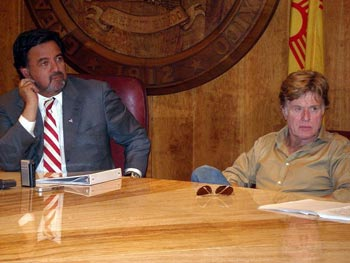 Bill Richardson and Robert Redford. Photo: Steve Terrell/Wikipedia