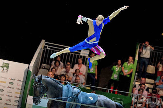 Germany's Erik Oese produced a surprise win with a brilliant performance in the Vaulting technical test at the Zenith Arena in Caen.