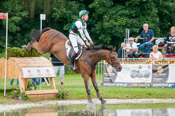 Christopher Burton and Haruzac lead the CIC3*, helping the Australian team to second in the Nations Cup competition.