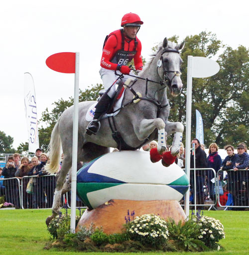 Paul Tapner (AUS) and Kilronan
