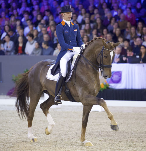 Hans Peter Minderhoud rodeGlock's Flirt to a stylish victory at the ninth and last qualifying leg of the Reem Acra FEI World Cup Dressage 2015/2016 Western European League on home ground at 's-Hertogenbosch, The Netherlands, at the weekend.