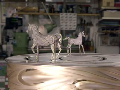 horse-clock-featured