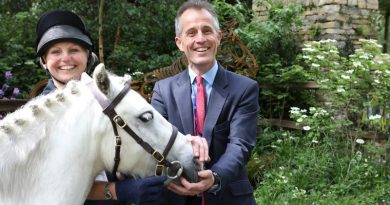 Clippy, the pony who inspired the garden, with Grace Vooght of World Horse Welfare, and a rather pleased looking CEO, Roly Owers.