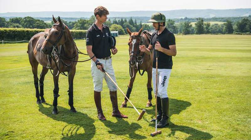 William Fox-Pitt gets some polo pointers from Nic Roldan.